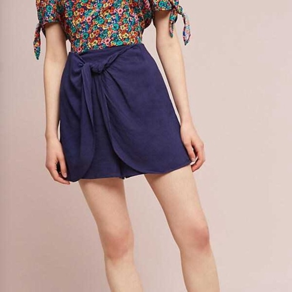 Anthropologie Pants - Hei Hei navy skort with bow detail